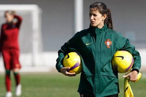 Mónica Jorge a orientar um treino