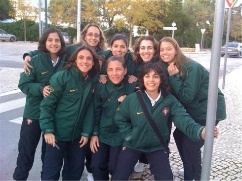 Dolores, Sílvia, Sónia Matias, Helga, Ana Valinho, Edite, Sofia Vieira e Kimberly Brandão @ Algarve Cup 2009