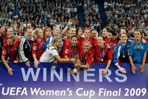 F.C.R. Duirburg vence a última edição da UEFA Women's Cup